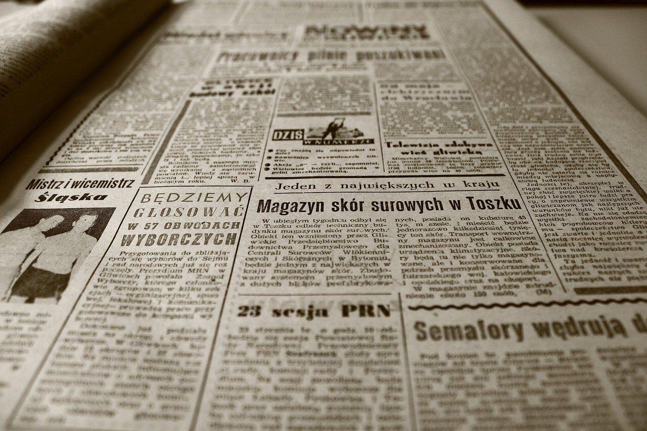 old-newspaper-350376_1280.jpg